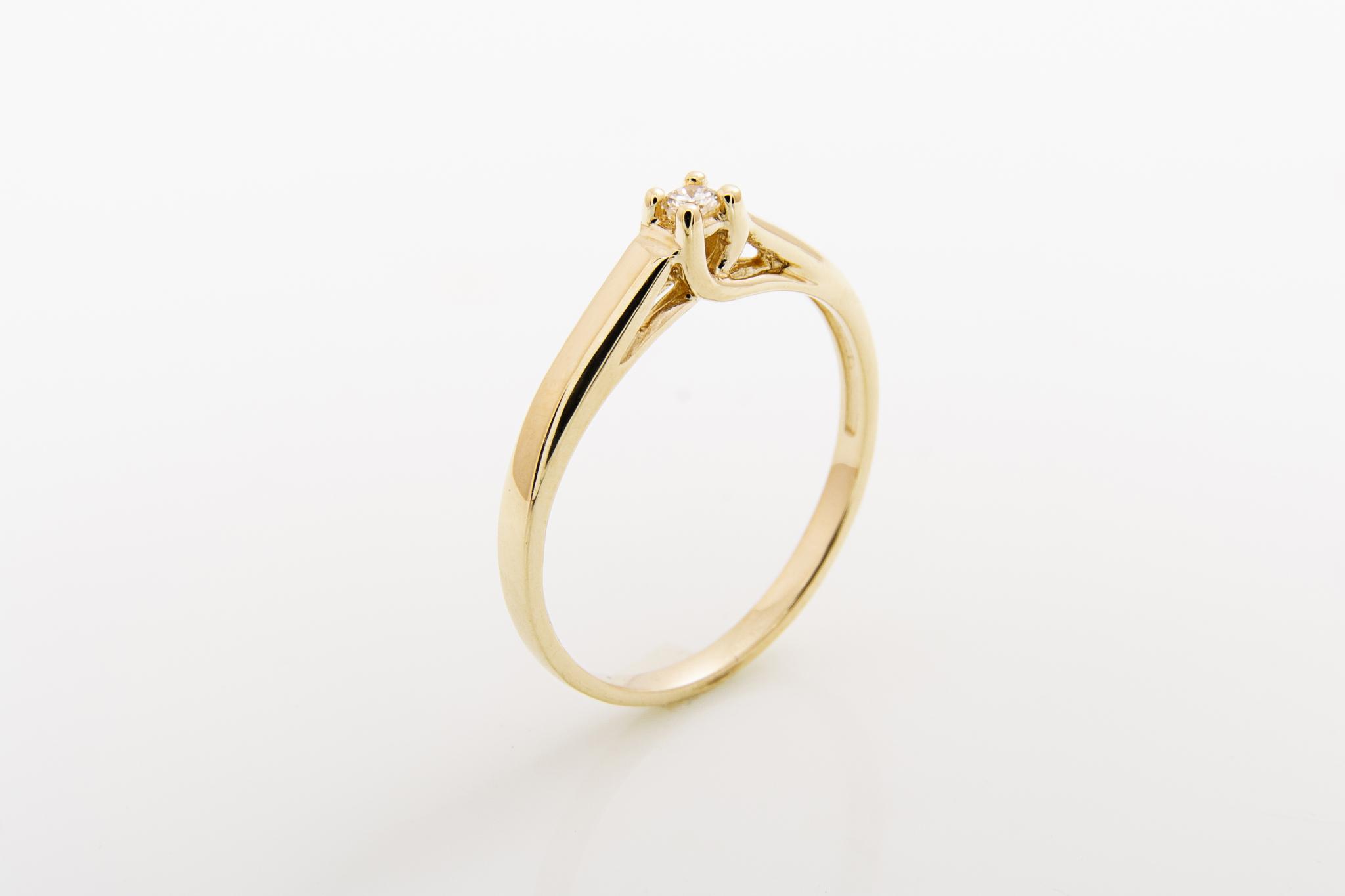 Zásnubní prsten s přírodním diamantem Olymp