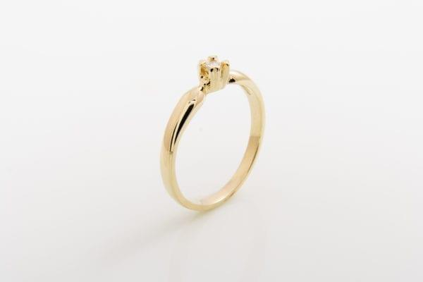 Zásnubní prsten s přírodním diamantem Four Seasons